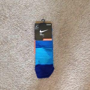 Nike anti-blister running socks NWT